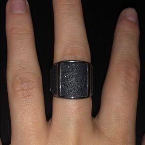 Black sparkle ring